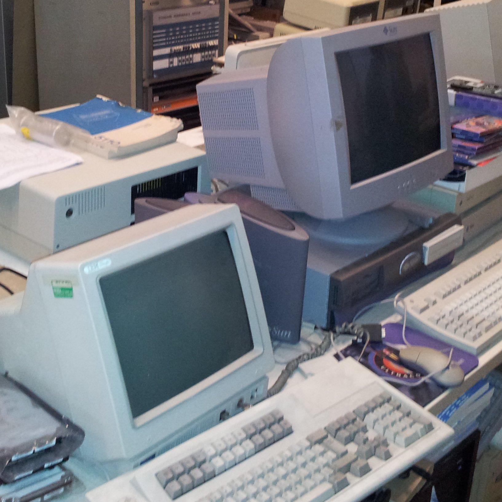 L'association récupère des ordinateurs